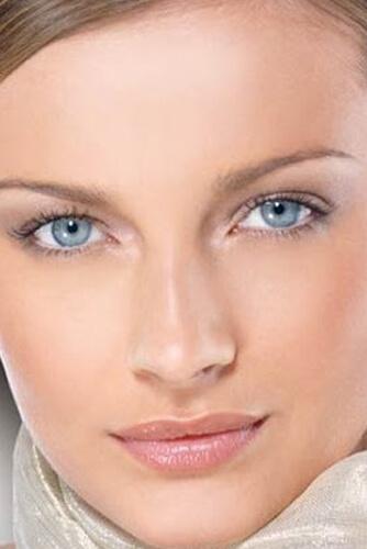 آرایش مناسب رنگ چشم آبی